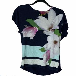 ❤️Ted Baker floral top size 3 navy blue white pink